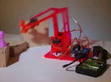 Pelatihan Membuat Robot Pemindah Barang Menggunakan Arduino