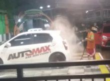 Cuci Mobil sistem Hidrolik dan Robot