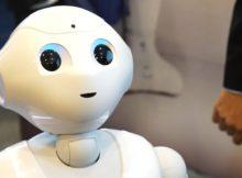 Még az ügyfélszolgálatos néninél is idegesítőbb az ügyfélszolgálatos robot   24.hu