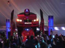 Sekarang Teknologi Sudah Canggih Mobil Bisa Jadi Robot
