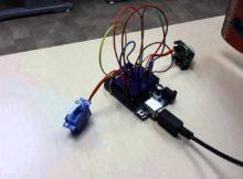 PIR motion sensor + Arduino + servo motor